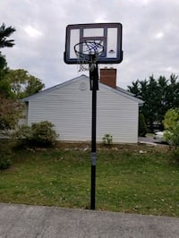Basketball Pole and backboard. Ground mount. Winchester, 22601