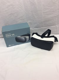 white and black Samsung Gear VR with box New Britain, 06051