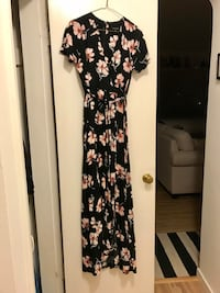 Beautiful floral maxi dress New Westminster