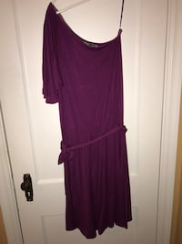 Women's bold purple scoop-neck single-sleeved dress