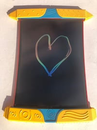 Scribble ń Play BOOGIE BOARD - used just a few times. Perfect condition. As good as new!!! North Vancouver, V7L 3A4