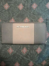 black and gray leather wallet Loganville, 30052