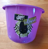 Plastic Purple/Spider Halloween Candy Basket