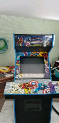 Captain america and the avengers arcade  Cooperstown, 13326
