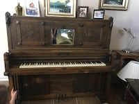 MAKE OFFER!!! Antique wooden upright piano!  Mesa, 85213