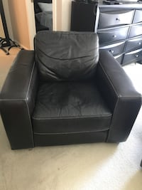 Solid espresso leather side chair $100 Vancouver, V6B 4K8