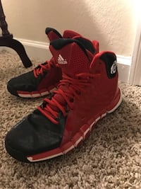 D Rose size 10 1/2 Tallahassee, 32303