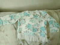 Size 2T knitted top. Excellent condition Bakersfield, 93308