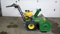 John deer 1032 gas powered snowblower with self propel and tire chains Colorado Springs, 80918