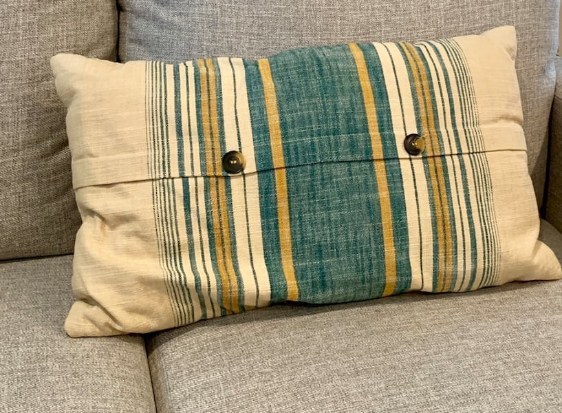 Blanket & Throw Pillow Set 4fd4e68d-3603-4011-81d6-b4daf84550a3