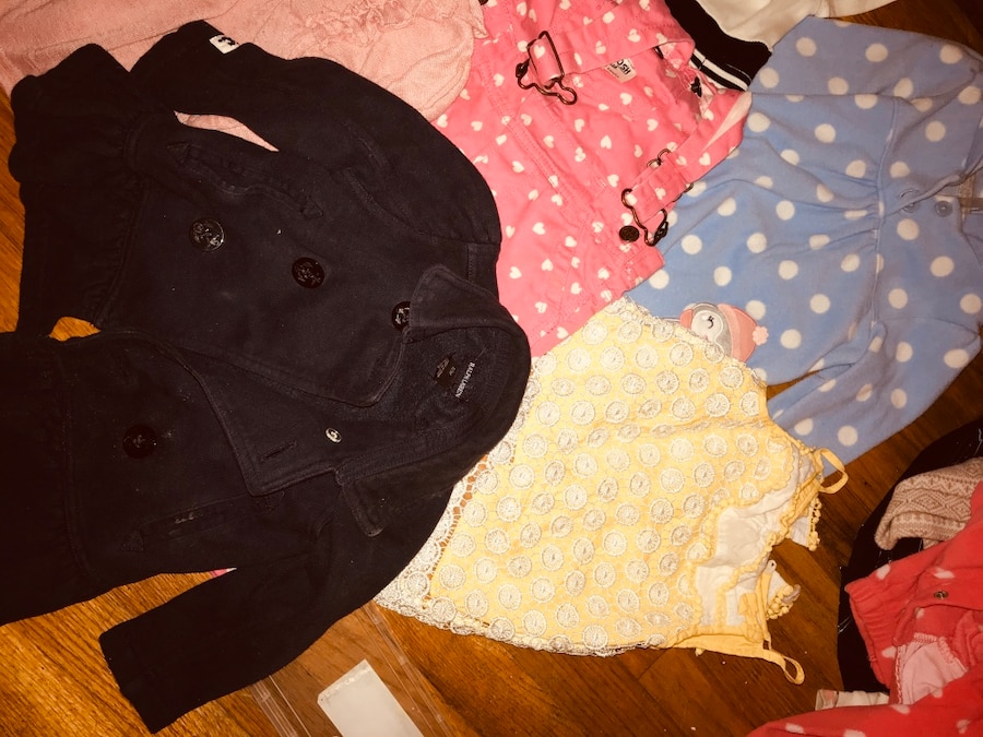 Photo Baby girl 12 to 18 month clothes and pjs