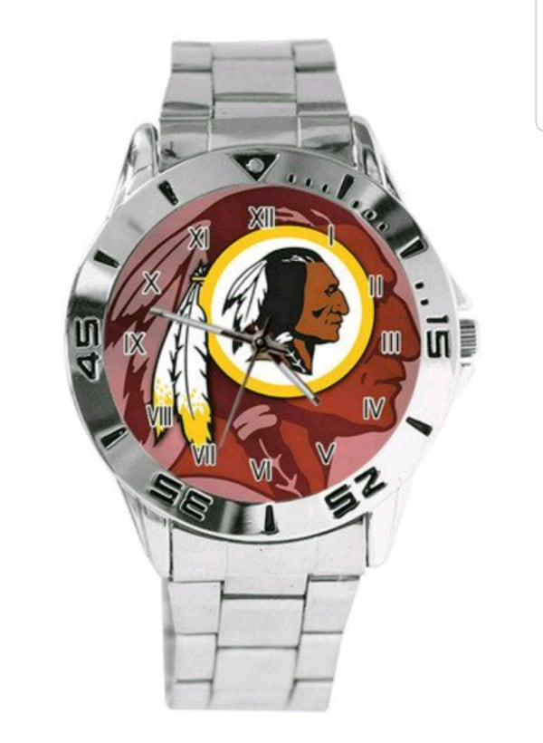Stainless Steel Washington Redskins Watch 26fc1ea8-0553-4db6-b127-21a52fbd257f