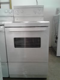 "24"" FRIGIDAIRE WHITE coil STOVE  تورونتو"