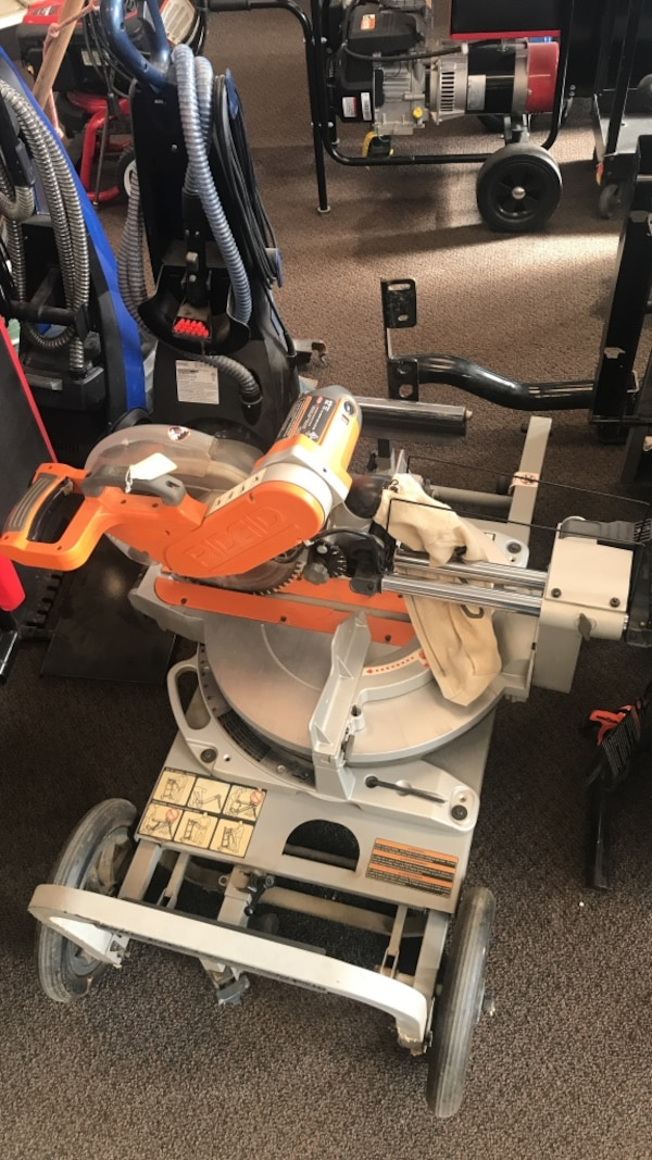 Rigid 12in mitersaw with stand