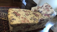 White and pink floral sofa Leesburg, 20175