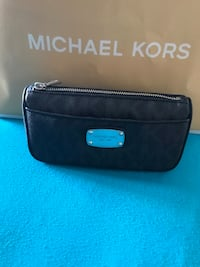 BRAND NEW MICHAEL KORS  North Las Vegas
