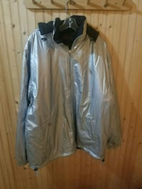 white and gray zip-up jacket Surrey, V3T 3Y4