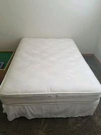 white mattress with brown wooden bed frame Escalon, 95320