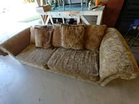 Couch Lubbock, 79412