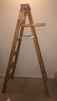 6 foot tall ladder wood good condition Olney, 20832