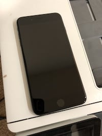 Iphone 7+ 32gig black. Sterling, 20166