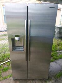 stainless steel side by side refrigerator with dispenser Dallas, 75217