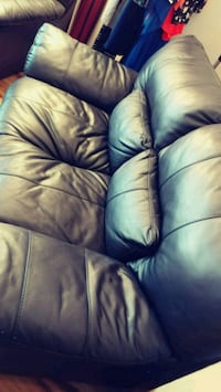 Black leather sofa Alexandria, 22304