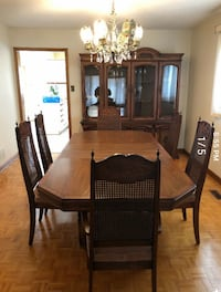 Oak Dining Set - table, chairs, hutch Vaughan, L6A 3C6