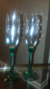 Crystal blown glass champagne flutes