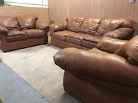 Free delivery! Brown leather couch loveseat and ottoman Denver, 80231