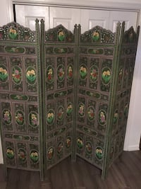 Antique room divider  Winchester, 22601