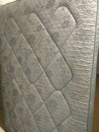 gray and white floral mattress High Point, 27260