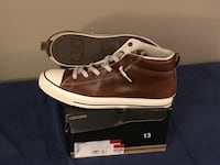 pair of brown leather low-top sneakers with box Charlotte, 28214