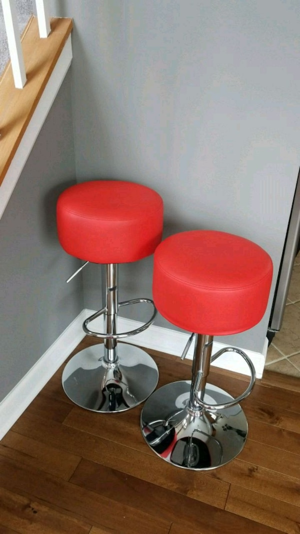Prime Two Red Leather Bar Stools Alphanode Cool Chair Designs And Ideas Alphanodeonline