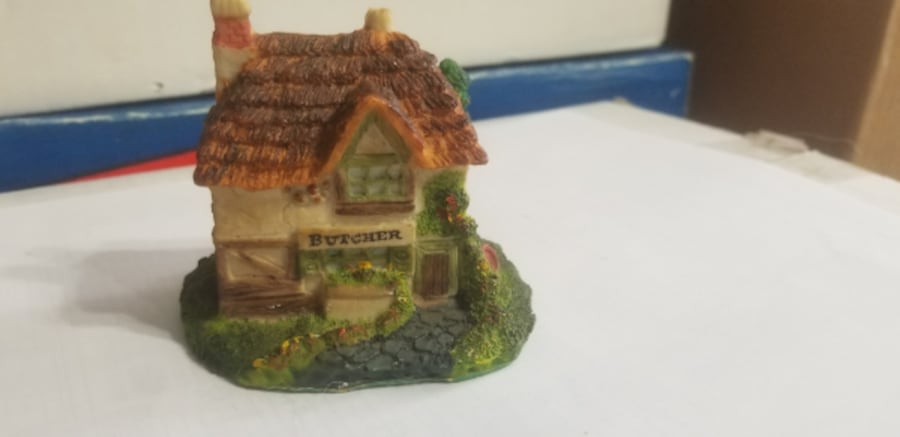 Miniature House collections-Consider all offers 62ffe3e7-601f-402c-9b70-428cc594b69e