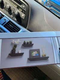 Wall shelf brand new 3 piece Lakewood Township, 08701