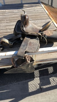 Brown leather horse saddle Henderson, 89011