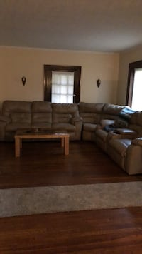 leather sectional Canton, 44708
