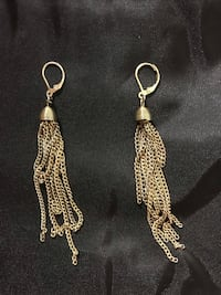 Gold dangle earrings Manchester, 03104