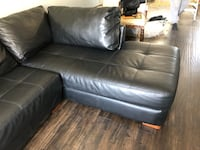 Black leather sectional couch Toronto, M1E