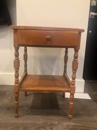 Antique end table with drawer Washington, 20010