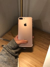 iPhone 7 Plus Rose Gold AT&T 128 GB Redwood City, 94063