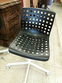 black and white metal office rolling chair Columbus, 43232