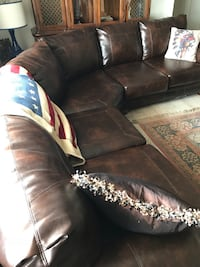 Sofa sectional with ottoman! Willing to sell ottoman separate . El Paso, 79907
