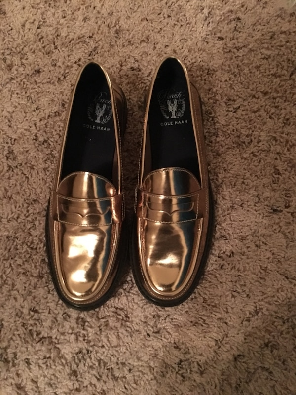 f0fe989c847 Used Cole Haan metallic gold loafers (Size 7.5) for sale in Atlanta - letgo