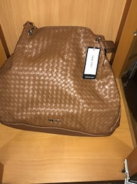 brown leather Michael Kors tote bag East Patchogue, 11772