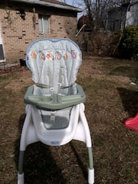 baby's white and gray high chair Dundalk, 21222