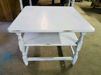 Really nice big end table/or coffee table Thurmont, 21788