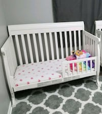 Davinci 4 in 1 crib with full size conversion rail Burke
