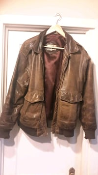 Men's Size 38 Leather Jacket  London, N6B 1E1